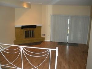 2028 franklin -living room- 1-12-15